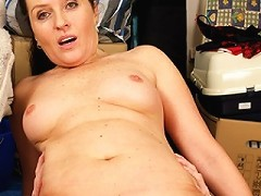 This mama gets a good fuck from her toy boy